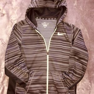 Like-new no tags) boys therma-fit Nike jacket